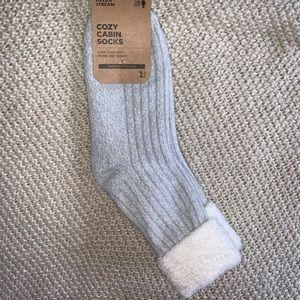 NWT Field & Stream cozy cabin socks